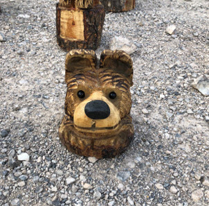 Classes for beginners learn chainsaw wood carving carve me a bear